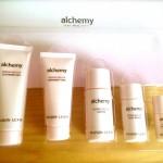 乾燥肌を改善するスキンケア「アルケミー」の口コミ